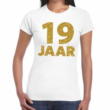 19e verjaardag cadeau t-shirt wit met goud voor dames