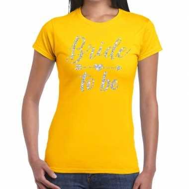 Bride to be zilveren letters fun t-shirt geel voor dames