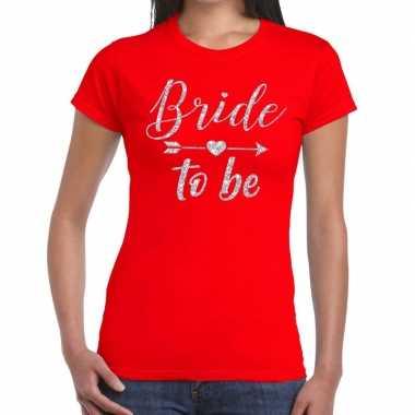 Bride to be zilveren letters fun t-shirt rood voor dames