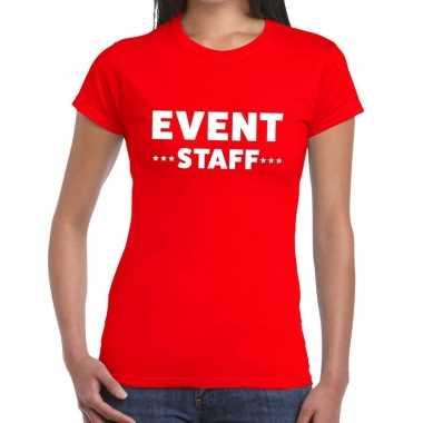 Evenement personeel t-shirt rood met event staff bedrukking voor dame