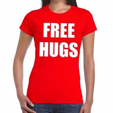 Free hugs fun t-shirt rood voor dames