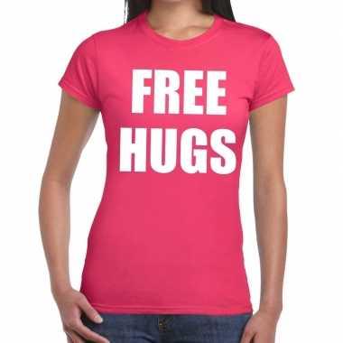 Free hugs fun t-shirt roze voor dames