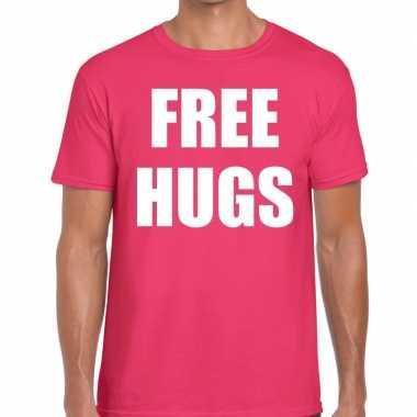 Free hugs fun t-shirt roze voor heren
