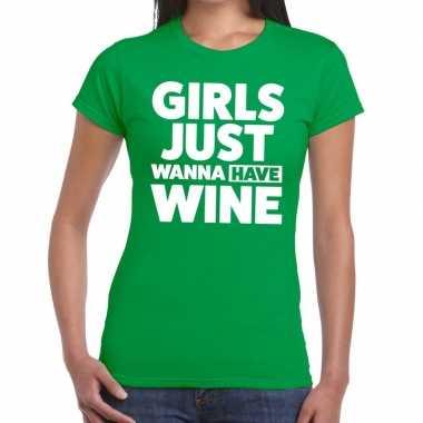 Girls just wanna have wine fun t-shirt groen voor dames