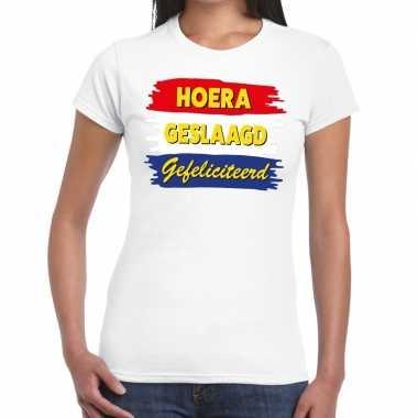 Hoera geslaagd gefeliciteerd wit fun-t shirt voor dames