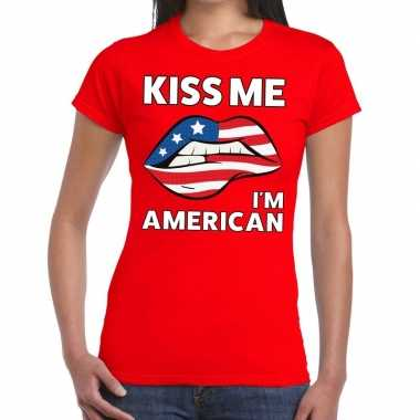 Kiss me i am american rood fun-t shirt voor dames