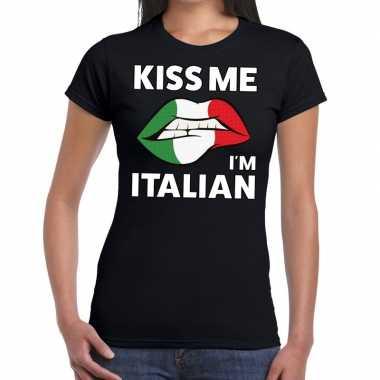 Kiss me i am italian zwart fun-t shirt voor dames