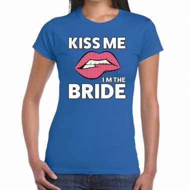 Kiss me i am the bride blauw fun-t shirt voor dames