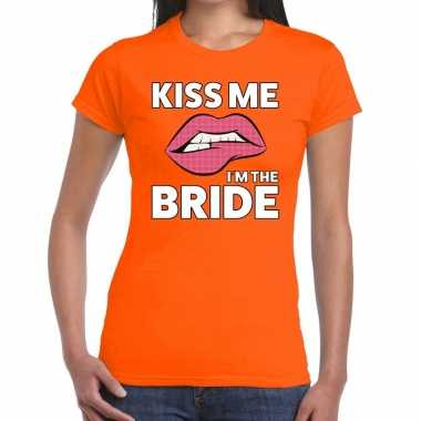 Kiss me i am the bride oranje fun-t shirt voor dames