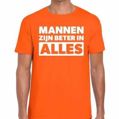 Mannen zijn beter in alles fun t-shirt oranje voor heren