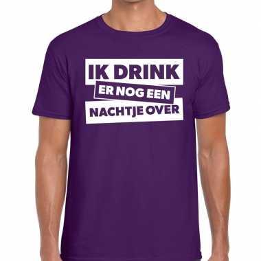 Paars t-shirt ik drink er nog een nachtje over fun t-shirt heren