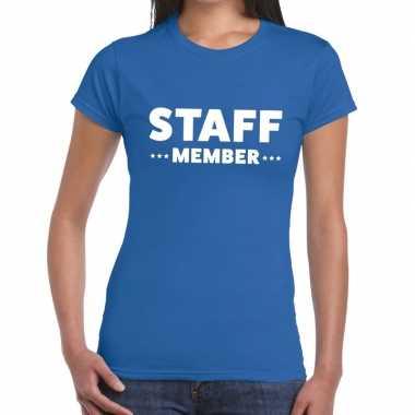 Personeel t-shirt blauw met staff member bedrukking voor dames