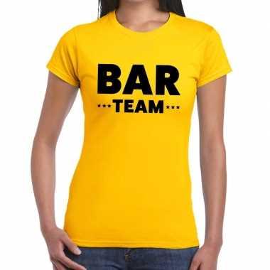 Personeel t-shirt geel met bar team bedrukking voor dames