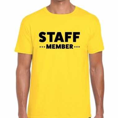 Personeel t-shirt geel met staff member bedrukking voor heren