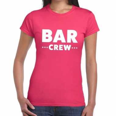 Personeel t-shirt roze met bar crew bedrukking voor dames