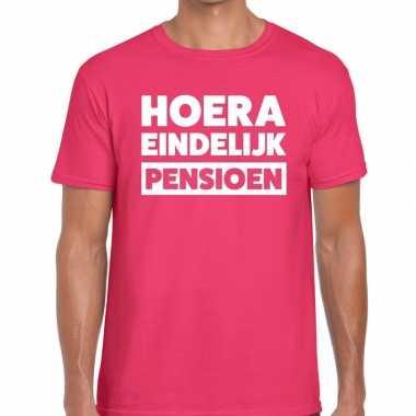 Roze hoera eindelijk pensioen fun t-shirt heren