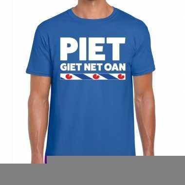Shirt met friesetekst piet giet net oan blauw heren