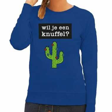 Wil je een knuffel fun sweater blauw voor dames