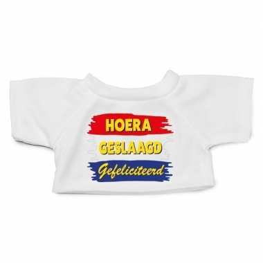 Wit knuffel shirt hoera geslaagd gefeliciteerd maat m voor clothies k