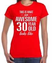 Awesome 30 year verjaardag cadeau t-shirt rood voor dames