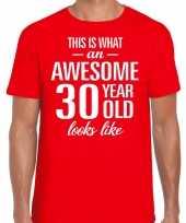 Awesome 30 year verjaardag cadeau t-shirt rood voor heren
