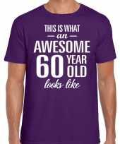 Awesome 60 year verjaardag cadeau t-shirt paars voor heren