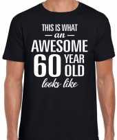 Awesome 60 year verjaardag cadeau t-shirt zwart voor heren