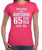Awesome 65 year verjaardag cadeau t-shirt roze voor dames