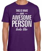 Awesome person fun t-shirt paars voor heren