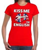 Kiss me i am english rood fun t-shirt voor dames