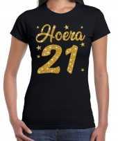 Zwart hoera 21 jaar verjaardag t-shirt voor dames met gouden glitter bedrukking