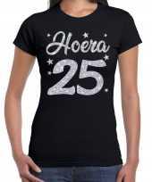 Zwart hoera 25 jaar verjaardag jubileum t-shirt voor dames met zilveren glitter bedrukking